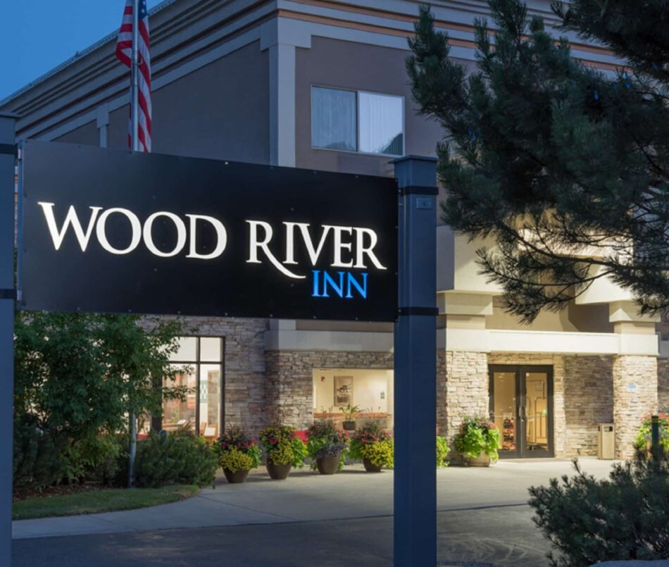 Contact, Wood River Inn & Suites