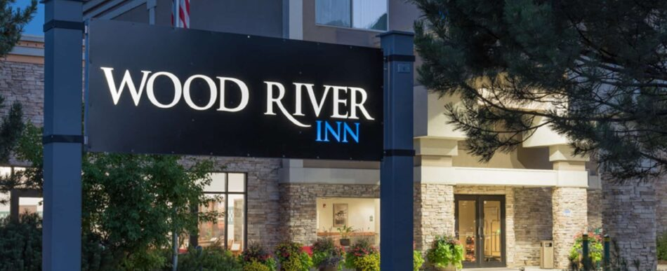 About, Wood River Inn & Suites