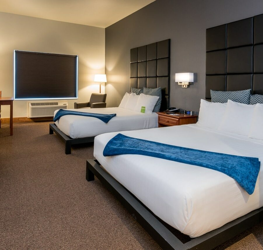 Guest Rooms, Wood River Inn & Suites